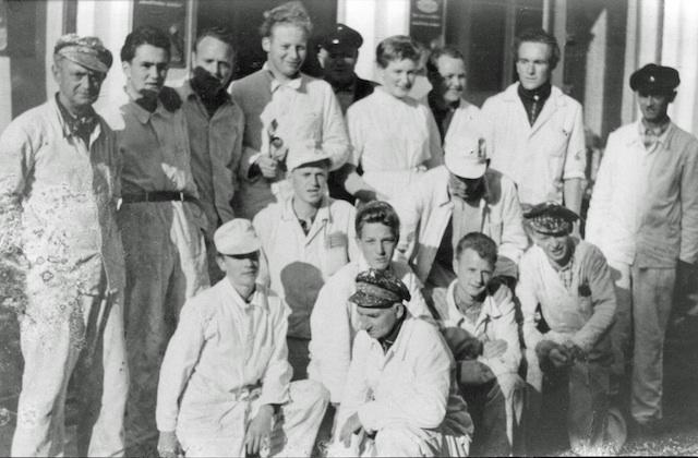 Historische Bilder: Gruppenphoto der Handwerker